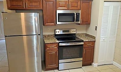 Kitchen, 35 Teresa Ct, 1