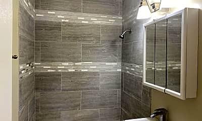 Bathroom, 1341 Taft St, 2