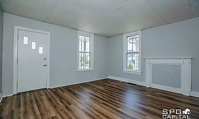Living Room, 260 E Garfield St, 1
