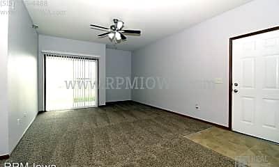 Living Room, 1825 SW White Birch Cir, 1