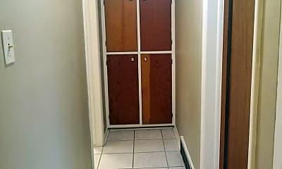 Bedroom, 116 N Meldrum St, 2