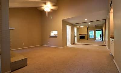 Living Room, 1100 Augusta Dr, 1