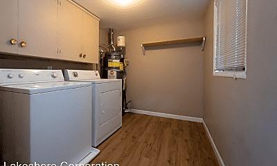 Kitchen, 2528 NE 5th Pl, 2