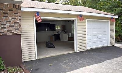 Patio / Deck, 1226 Valley Rd E, 2