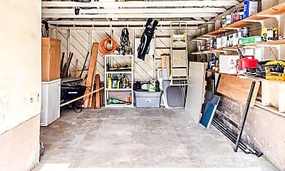 Living Room, 225 W 400 N, 2