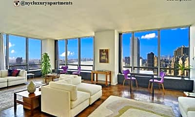Living Room, 600 W 42nd St, 2
