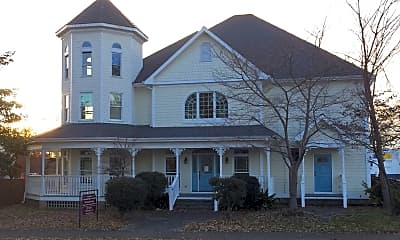 Building, 1720 Leighton Ave, 1