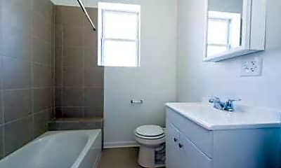 Bathroom, 1931 S Homan- Pangea Real Estate, 2