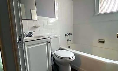 Bathroom, 120 Jewell St 2, 1