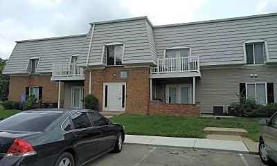 10 West Apartments, 0