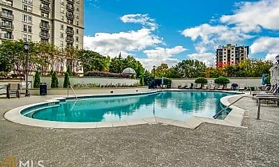 Pool, 195 14th St NE 1608, 2