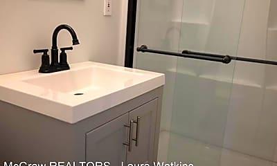 Bathroom, 4621 Riverside Dr, 2