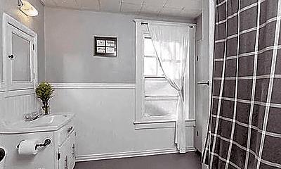 Bathroom, 59 Brentwood St, 1