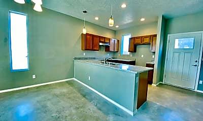 Kitchen, 424 Stanford Dr SE, 0