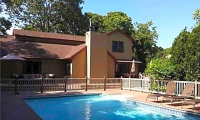 Pool, 5 Bay Woods Dr, 0