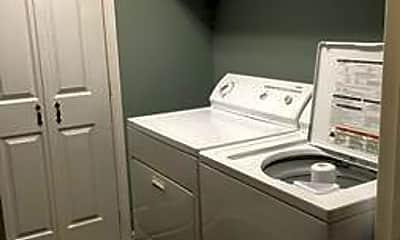 Bathroom, 1212 Center St, 2