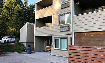 Metzger Park Apartments, 2