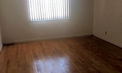 Living Room, 1750 Palou Ave, 0