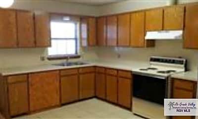Kitchen, 1075 Rio Rico Rd 6, 1