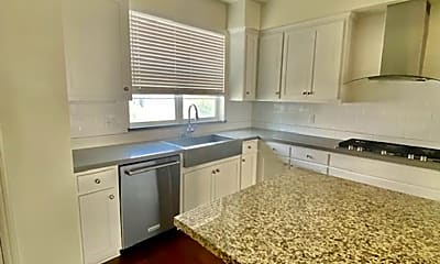 Kitchen, 3867 Camino Loop, 1
