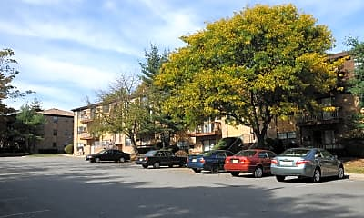 Building, Florida Grove Manor and Arms, 0