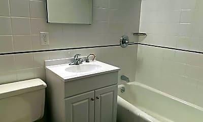 Bathroom, 117 E 11th St 2D, 2