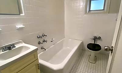 Bathroom, 1 Larchmont Acres 513B, 2