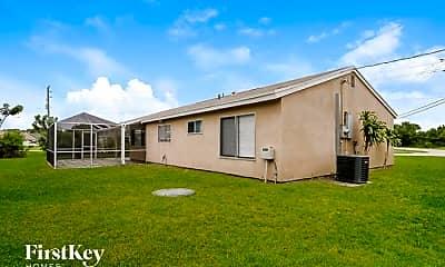 Building, 301 SE Whitmore Dr, 2