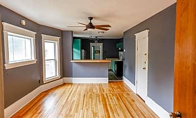 Living Room, 1001 Reaney Ave E, 0