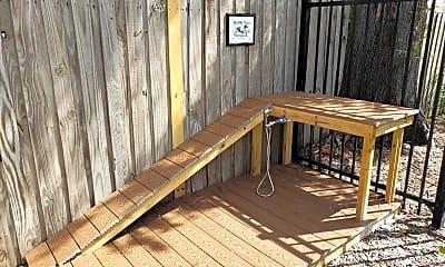 Patio / Deck, 508 S Westland Ave, 2
