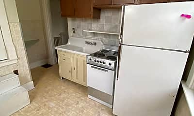 Kitchen, 123 E 6th St, 1