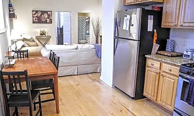 Kitchen, 1130 Dorrance St B, 1