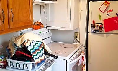 Kitchen, 1104 W 22nd St, 2