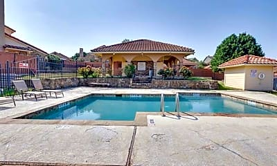 Pool, 4250 Madera Rd 3, 2
