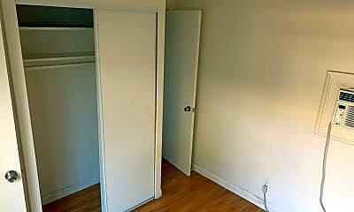 Bedroom, 435 N Wilson Ave, 2
