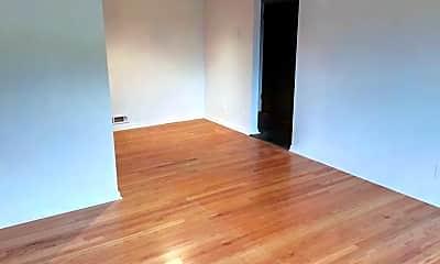 Living Room, 6397 Kingsdale Blvd, 1