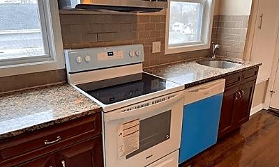 Kitchen, 206 Winthrop St, 1