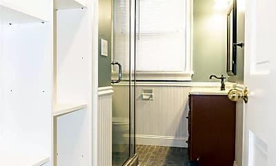 Bathroom, 100 Brooks St, 2