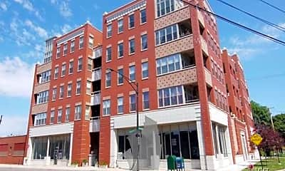 Building, 2700 W Belmont Ave, 0