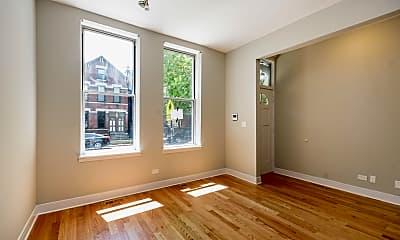 Living Room, 1812 W Cortland St, 1