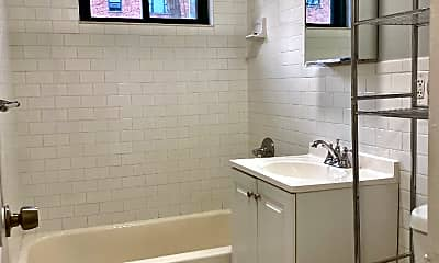 Bathroom, 81 Beacon Hill Dr 10D, 2