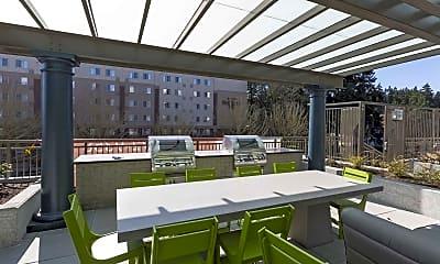 Courtyard, Elan Redmond Town Center, 2