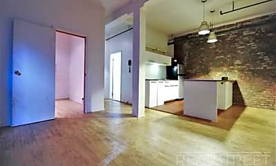 Living Room, 337 Kent Ave, 0