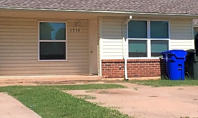 Building, 1308 Glen Oaks Ct, 0
