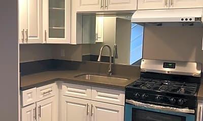 Kitchen, 916 Marguerita Ave, 1