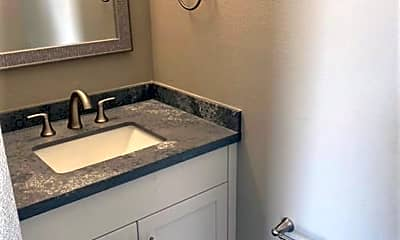 Bathroom, 150 Gosnell Way, 2