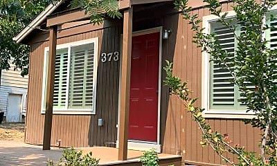 Building, 373 Iowa St, 2