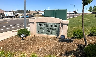 Emerald Pointe Apartments, 1