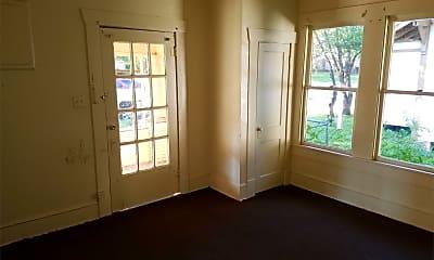 Bathroom, 2510 Stonewall St, 2