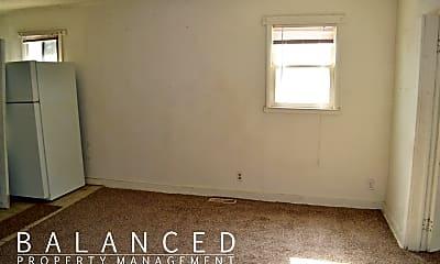 Bedroom, 314 SW 3rd St, 1